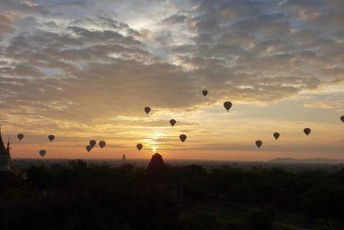 Lever de soleil Bagan