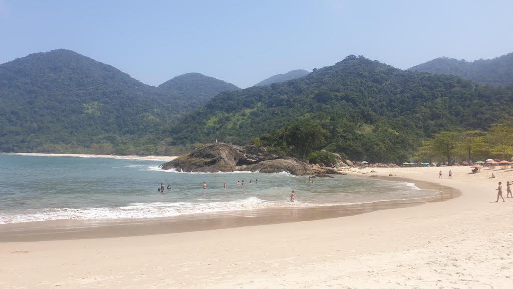 Praia do Meio Trindade Paraty