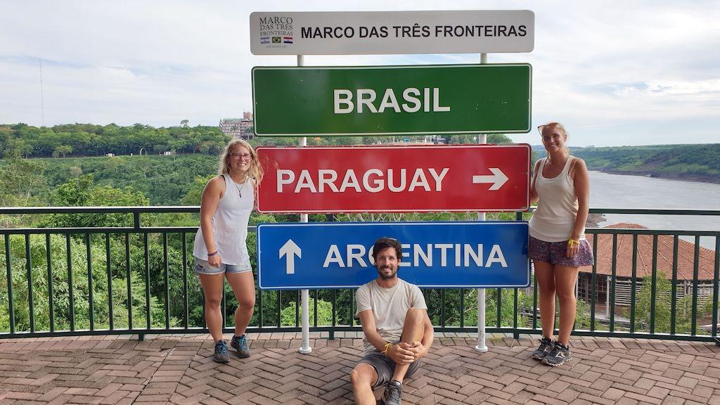 Marco Das Treis Fronteras à Foz do Iguaçu