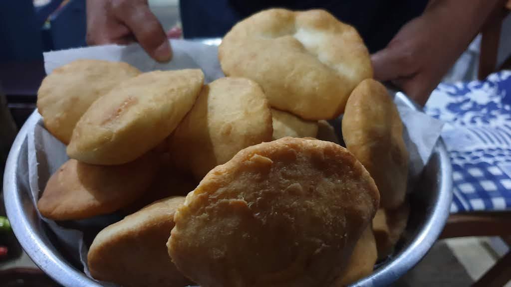 Tortas fritas à la posada Carmela